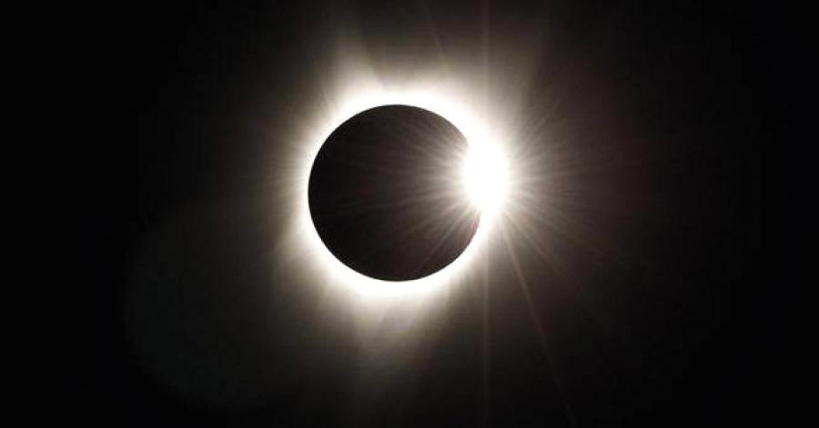 104666401-_sites-default-files-images-104666401-Solar_Eclipse_Mark_Zuckerberg.1910x1000